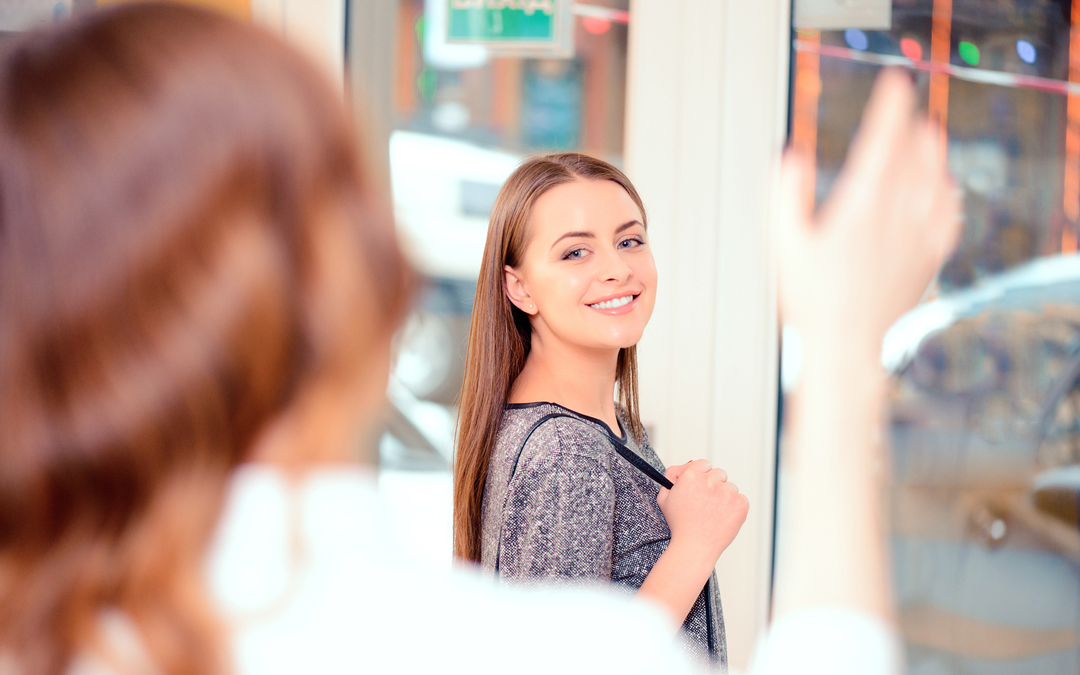How Salon Suite Owners Can Better Maintain Contact with Clients