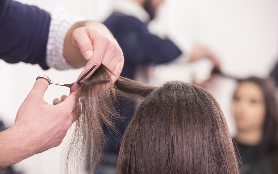 Working Hairdresser