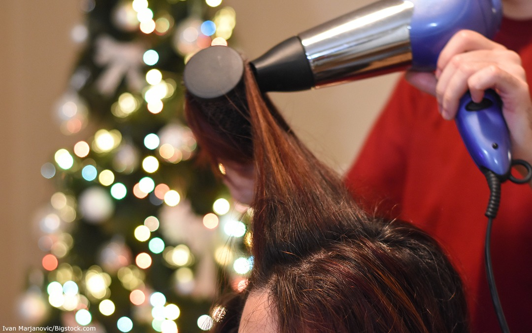 SIX Ways to Prepare Your Lawton Salon Business for the Holidays